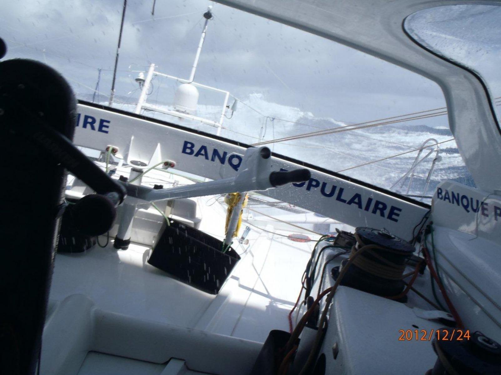 Actualit s j 1 an semaine 8 l assaut de l atlantique vend e globe - Armel le cleac h banque populaire ...