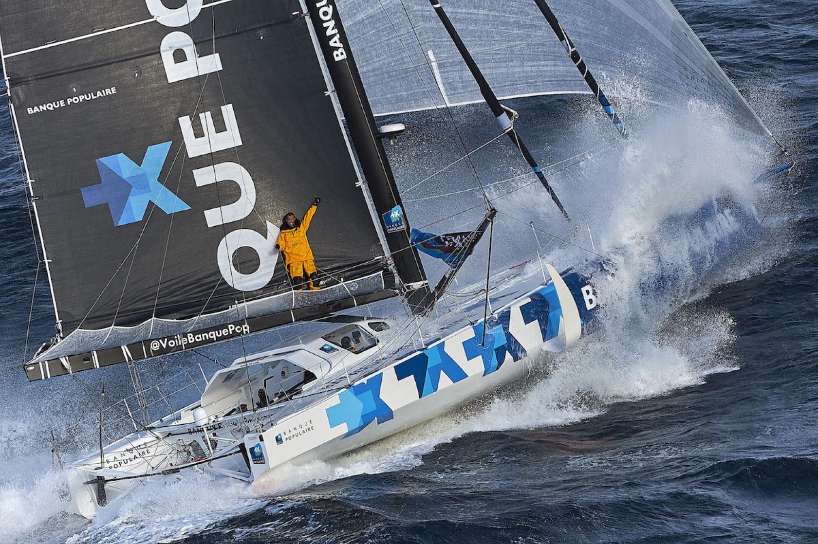 Actualit s six bateaux neufs construits aux quatre coins de l europe vend e globe - Armel le cleac h banque populaire ...