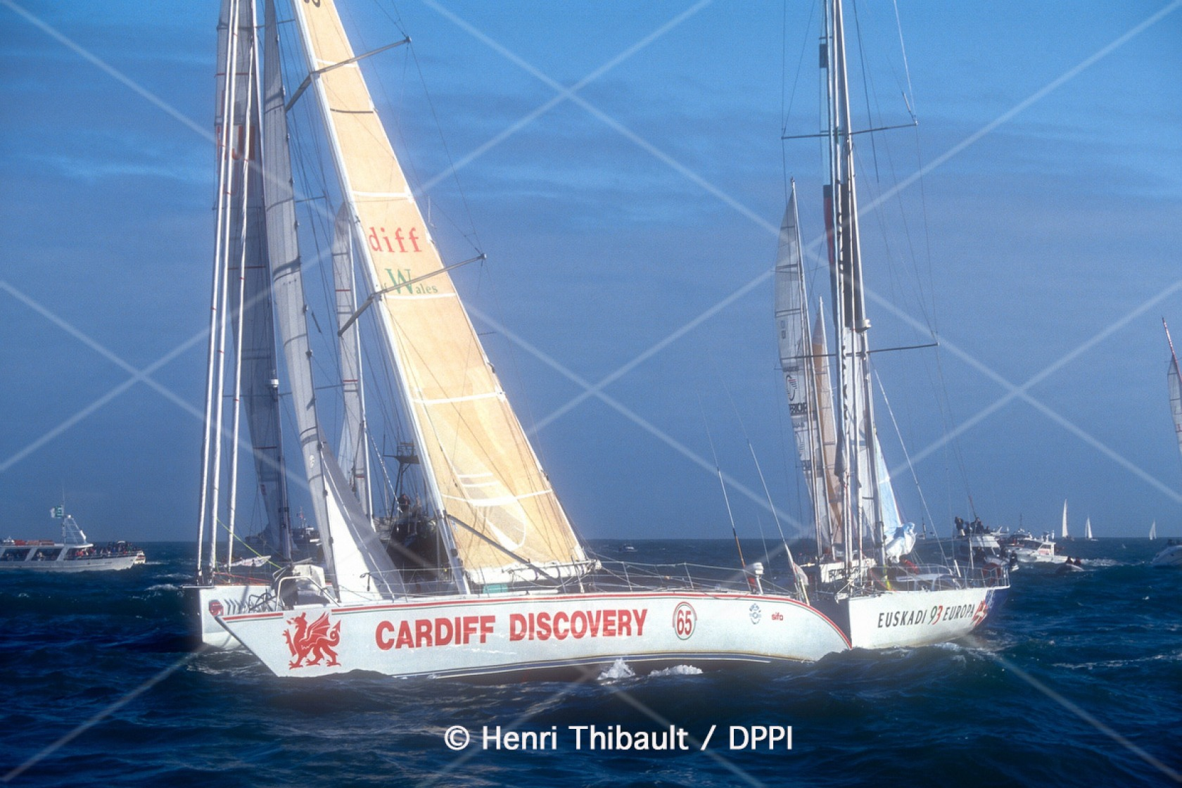 Start for Alan Wynne-Thomas, skipper Cardiff Discovery, DNF, during the Vendee Globe 1992-1993, in Les Sables d'Olonne, France, on november 22, 1992 - Photo Henri Thibault / DPPI