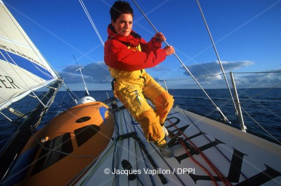 SAILING - VENDEE GLOBE 2000/2001 - PRESENTATION SET - PHOTO: JACQUES VAPILLON/DPPI ELLEN MACARTHUR (GBR) / KINGFISHER