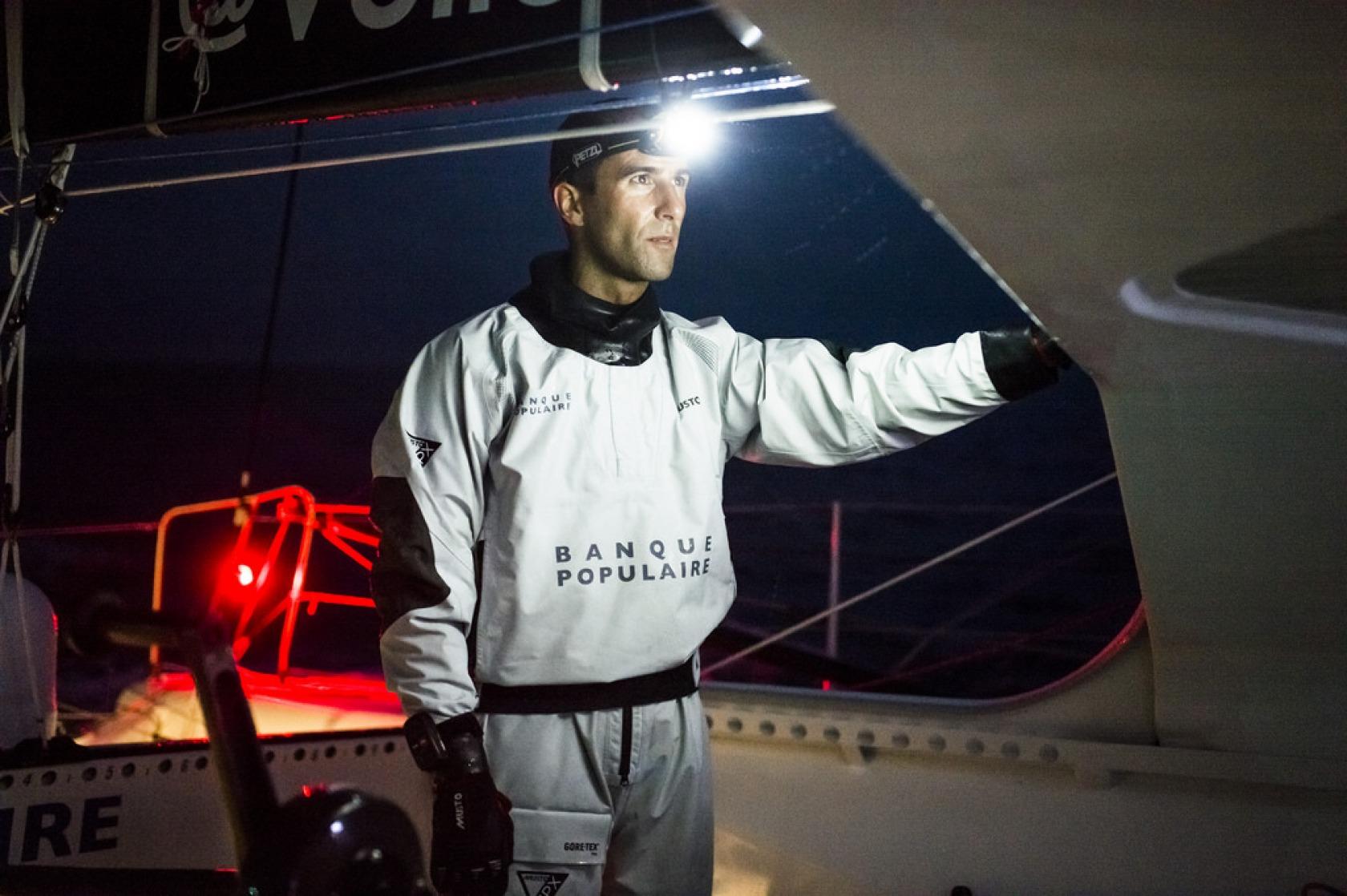 Actualit s derni res heures en mer pour les leaders vend e globe - Armel le cleac h banque populaire ...