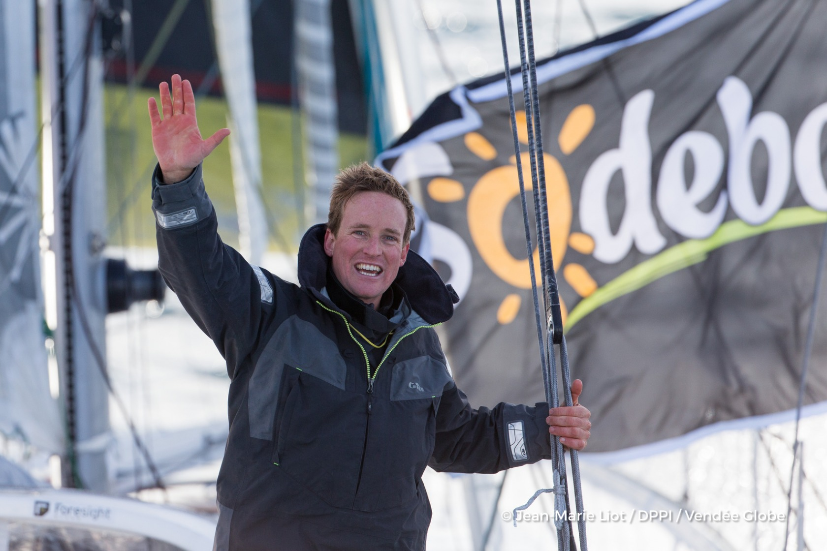 Conrad Colman (NZL), skipper Foresight Natural Energy, at start of the Vendee Globe, in Les Sables d'Olonne, France, on November 6th, 2016 - Photo Jean-Marie Liot / DPPI / Vendee GlobeConrad Colman (NZL), skipper Foresight Natural Energy, au départ du V