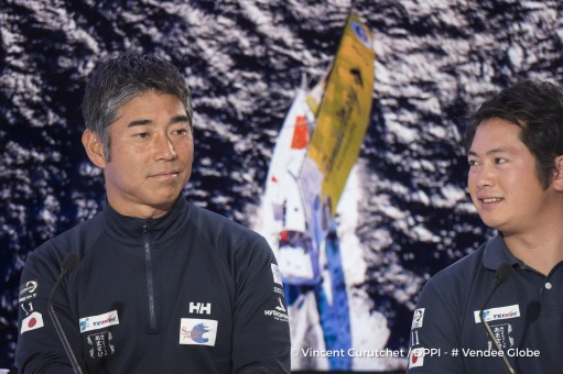 Vendee Live with journalist Loic Le Bras, and guests Kojiro Shiraishi (JAP), skipper Spirit of Yukoh, translator Shota, Skipper Yvan Bourgnon and journalist Olivia Maincent in the Vendee Globe Paris headquarters on December 16th, 2016 - Photo Vincent Curu