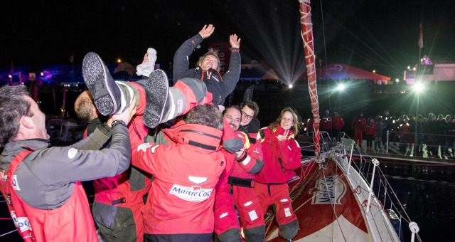 Team after Finish arrival of Jeremie Beyou (FRA), skipper Maitre Coq, 3rd of the sailing circumnavigation solo race Vendee Globe, in Les Sables d'Olonne, France, on January 23rd, 2017 - Photo Vincent Curutchet / DPPI / Vendee GlobeTeam à l'Arrivée de Jeremie Beyou (FRA), skipper Maitre Coq, 3ème du Vendee Globe, aux Sables d'Olonne, France, le 23 Janvier 2017 - Photo Vincent Curutchet / DPPI / V