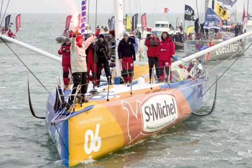 Finish arrival of Jean-Pierre Dick (FRA), skipper St-Michel Virbac, 4th of the sailing circumnavigation solo race Vendee Globe, in Les Sables d'Olonne, France, on January 25th, 2017 - Photo Guillaume Daumail / DPPI / Vendee GlobeArrivée de Jean-Pierre Dick (FRA), skipper St-Michel Virbac, 4ème du Vendee Globe, aux Sables d'Olonne, France, le 25 Janvier 2017 - Photo Guillaume Daumail / DPPI / Ven