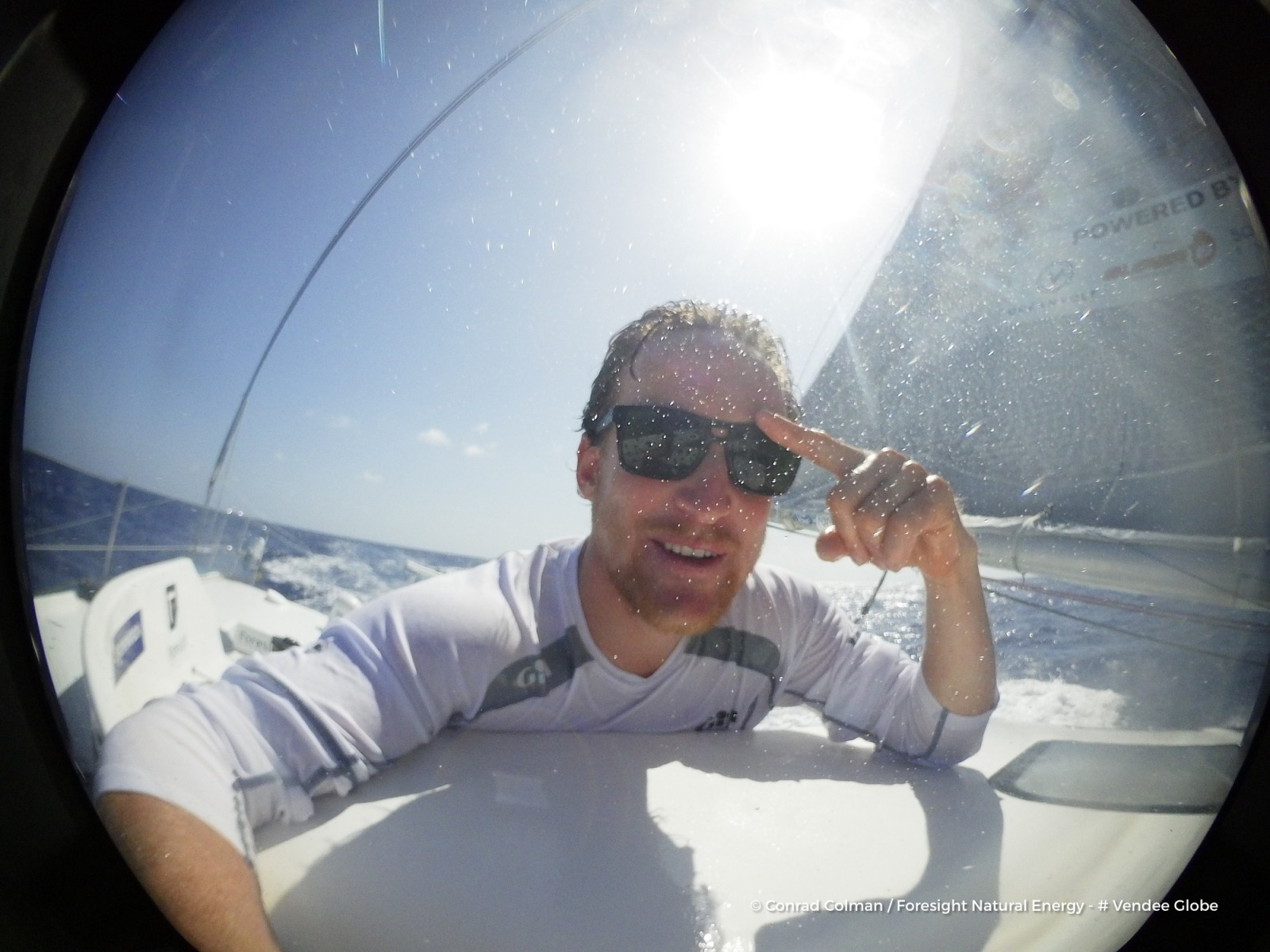 Photo sent from the boat Foresight Natural Energy, on January 28th, 2017 - Photo Conrad ColmanPhoto envoyée depuis le bateau Foresight Natural Energy le 28 Janvier 2017 - Photo Conrad ColmanNeed windscreen wipers on my sunglasses