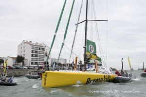 Channel ambiance during Finish arrival of Louis Burton (FRA), skipper Bureau Vallee, 7th of the sailing circumnavigation solo race Vendee Globe, in Les Sables d'Olonne, France, on February 2nd, 2017 - Photo Olivier Blanchet / DPPI / Vendee GlobeArrivée de Louis Burton (FRA), skipper Bureau Vallee, 7ème du Vendee Globe, aux Sables d'Olonne, France, le 2 Février 2017 - Photo Olivier Blanchet / DPP