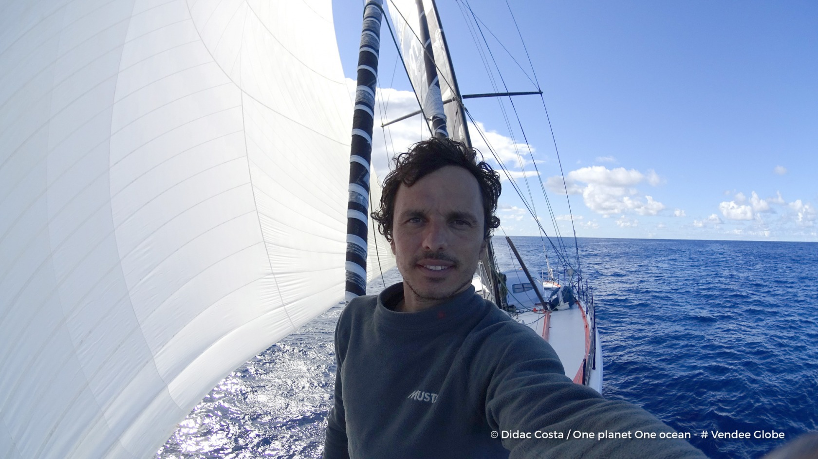 L'Espagnol Didac Costa termine le Vendée Globe en 14e position