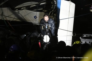 Celebration with media at pontoon during Finish arrival of Eric Bellion (FRA), skipper Comme Un Seul Homme, 9th of the sailing circumnavigation solo race Vendee Globe, in Les Sables d'Olonne, France, on February 13th, 2017 - Photo Olivier Blanchet / DPPI / Vendee GlobeArrivée de Eric Bellion (FRA), skipper Comme Un Seul Homme, 9ème du Vendee Globe, aux Sables d'Olonne, France, le 13 Février 2017
