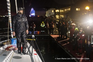Celebration at pontoon during Finish arrival of Eric Bellion (FRA), skipper Comme Un Seul Homme, 9th of the sailing circumnavigation solo race Vendee Globe, in Les Sables d'Olonne, France, on February 13th, 2017 - Photo Jean-Marie Liot / DPPI / Vendee GlobeArrivée de Eric Bellion (FRA), skipper Comme Un Seul Homme, 9ème du Vendee Globe, aux Sables d'Olonne, France, le 13 Février 2017 - Photo Jea