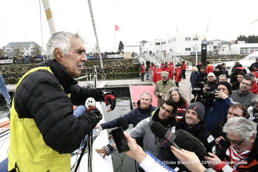 Media at pontoon during Finish arrival of Rich Wilson (USA), skipper Great American IV, 13th of the sailing circumnavigation solo race Vendee Globe, in Les Sables d'Olonne, France, on February 21st, 2017 - Photo Olivier Blanchet / DPPI / Vendee GlobeArrivée de Rich Wilson (USA), skipper Great American IV, 13ème du Vendee Globe, aux Sables d'Olonne, France, le 21 Février 2017 - Photo Olivier Blan