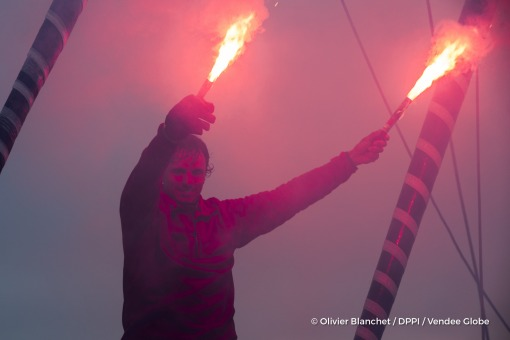 Celebration with flares during Finish arrival of Didac Costa (ESP), skipper One planet One ocean, 14th of the sailing circumnavigation solo race Vendee Globe, in Les Sables d'Olonne, France, on February 23rd, 2017 - Photo Olivier Blanchet / DPPI / Vendee GlobeArrivée de Didac Costa (ESP), skipper One planet One ocean, 14ème du Vendee Globe, aux Sables d'Olonne, France, le 23 Février 2017 - Photo