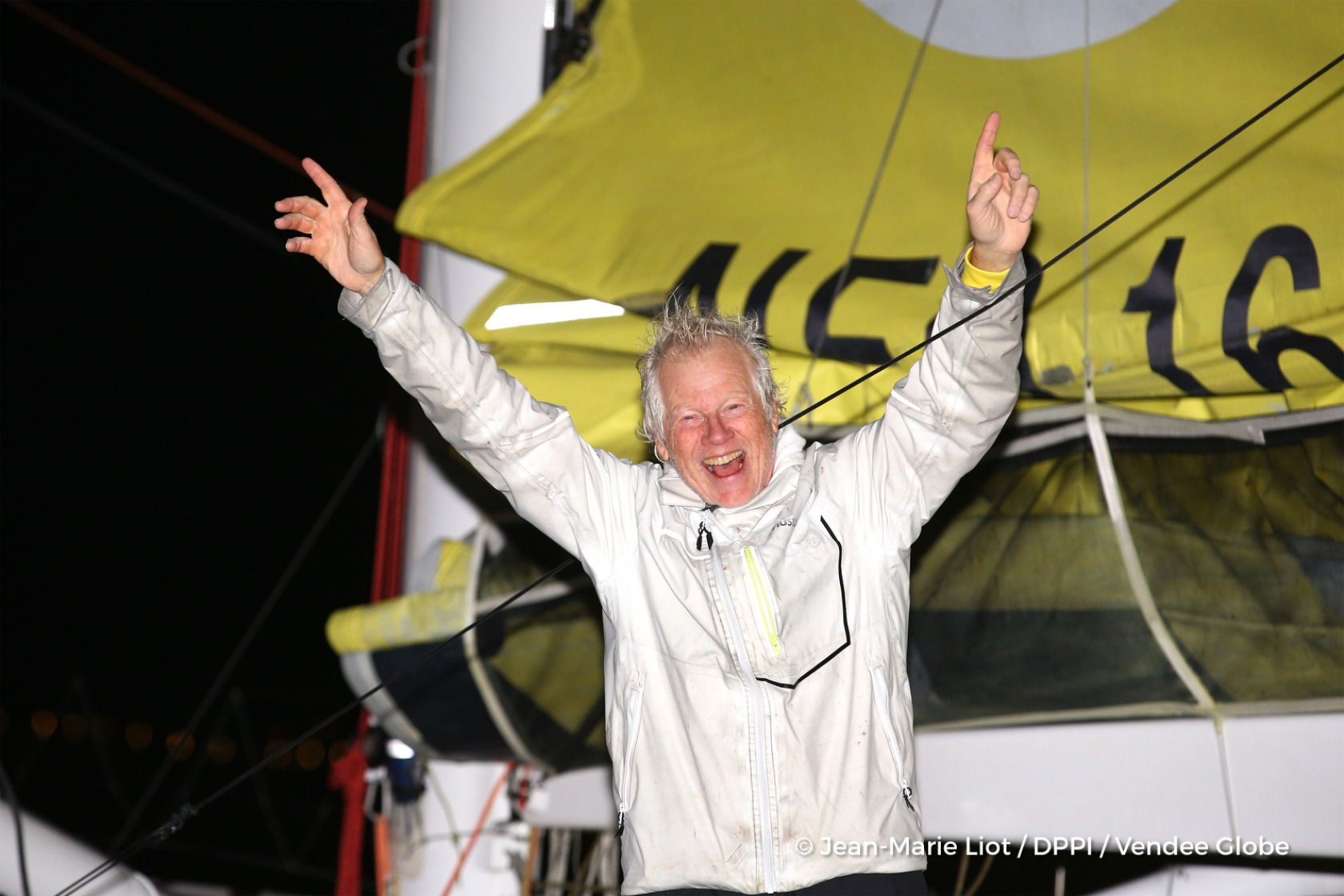Celebration during Finish arrival of Pieter Heerema (NL), skipper No Way Back,17th of the sailing circumnavigation solo race Vendee Globe, in Les Sables d'Olonne, France, on March 2nd, 2017 - Photo Jean-Marie Liot / DPPI / Vendee GlobeArrivée de Pieter Heerema (NL), skipper No Way Back, 17ème du Vendee Globe, aux Sables d'Olonne, France, le 2 Mars 2017 - Photo Jean-Marie Liot / DPPI / Vendee Glo