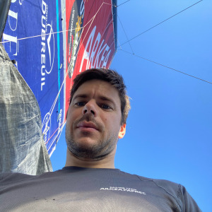 Sébastien Simon and his mainsail