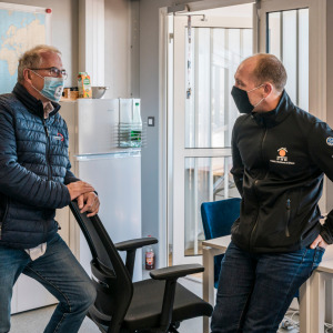Kevin Escoffier came to thank the organisation of the Vendée Globe following his shipwreck
