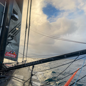 Jérémie Beyou in the group of the next skippers to pass cape Horn