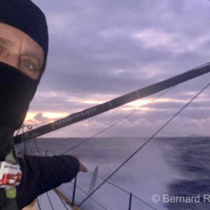 Arnaud Boissières passes by Gonzalo islands, 4h before crossing the Cape Horn