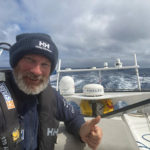A difficult route to reach Cape Horn which forces Ari to consult 2 weather models twice a day