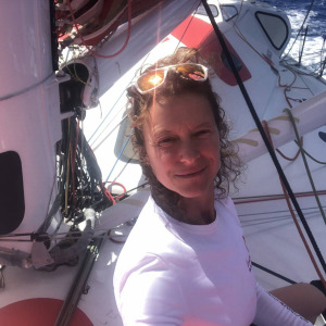 For 10 days now, Isabelle Joschke has been sailing at low speed to reach a Brazilian port